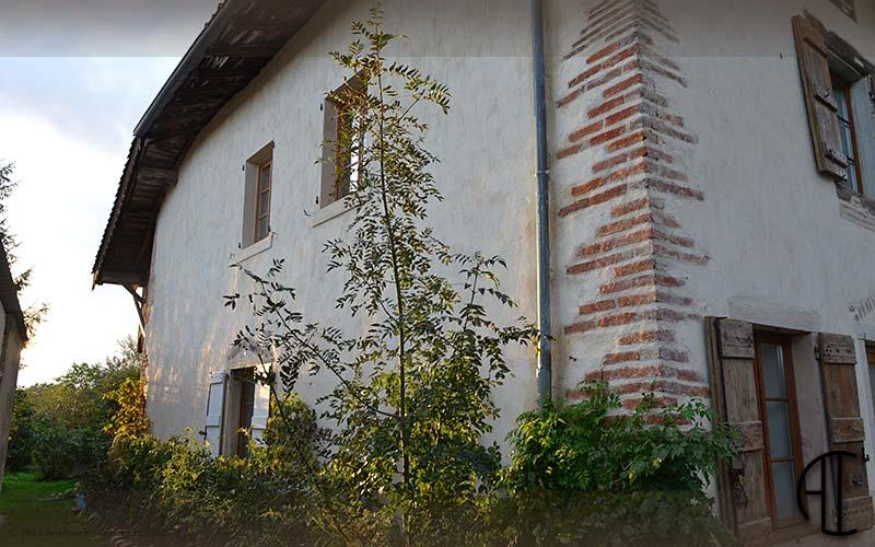 R flexion sur la restauration des maisons paysannes for Restauration facade maison