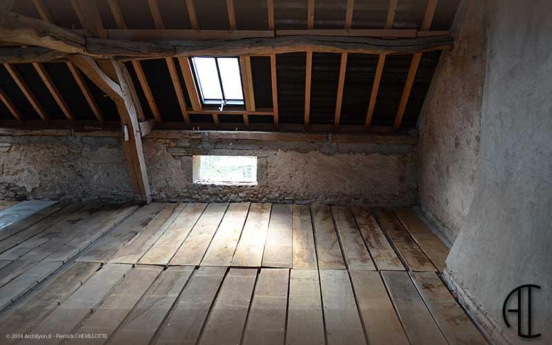 Isoler une maison ancienne isolation de toiture for Isolation thermique plancher grenier