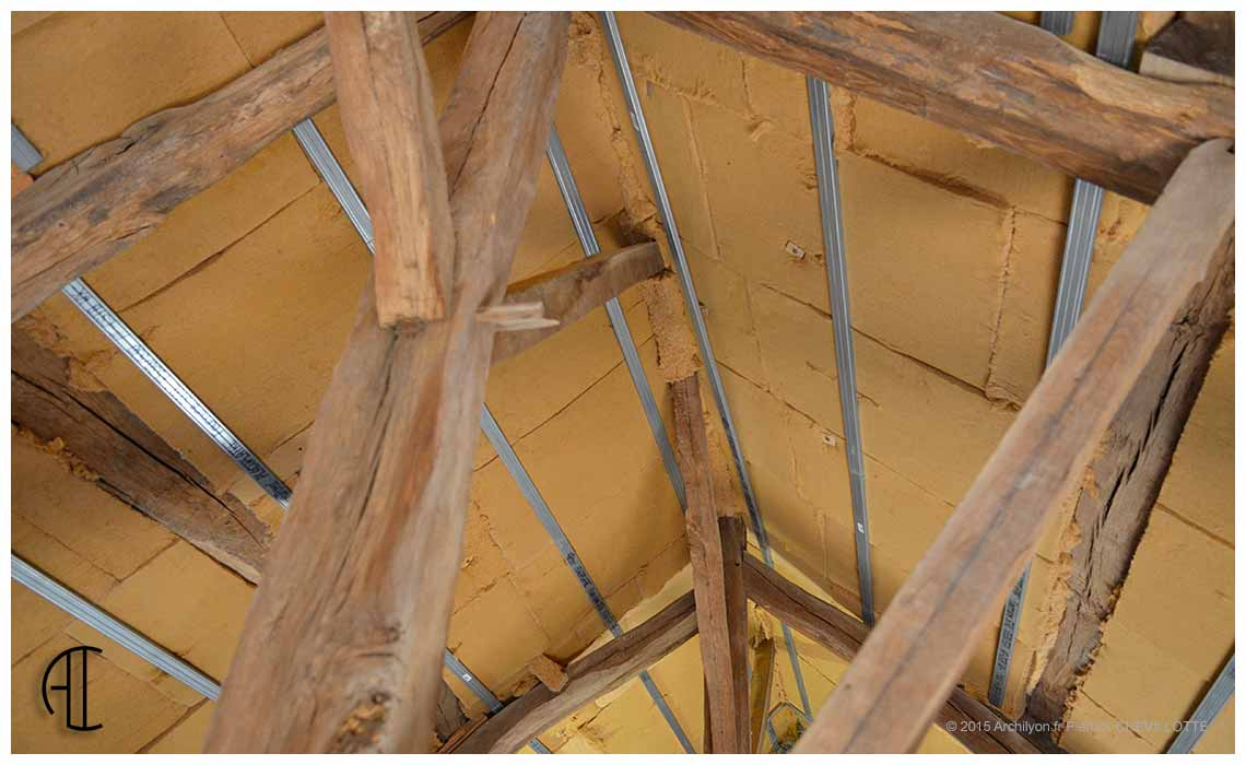 les tapes d une isolation thermique r ussie en toiture. Black Bedroom Furniture Sets. Home Design Ideas